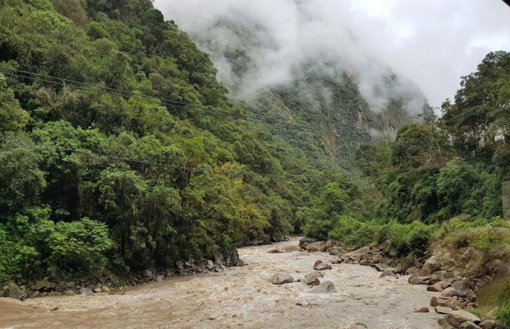 Zug nach Machu Picchu