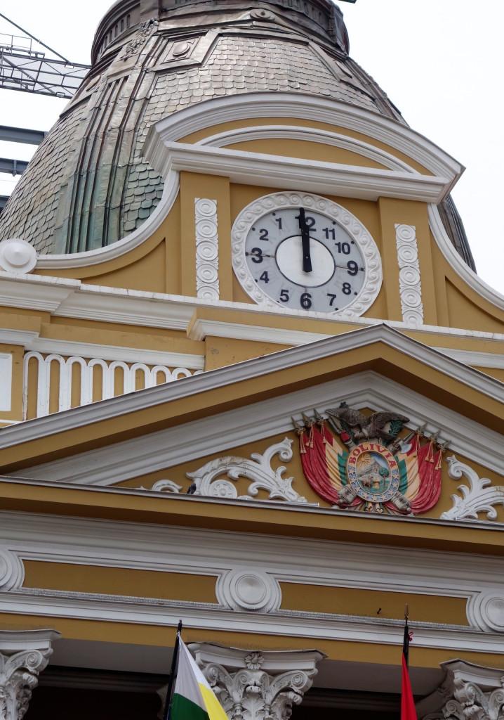 Verkehrte Uhr La Paz