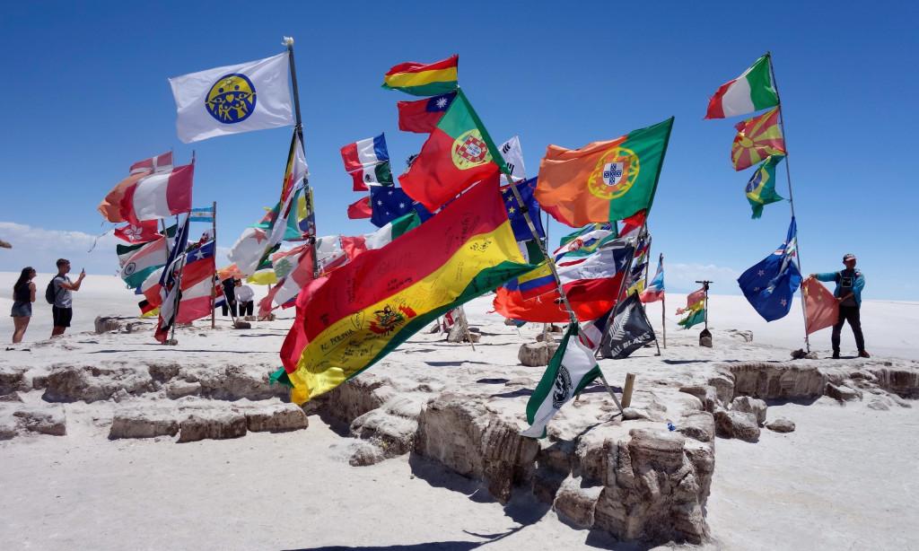 Plaza de las Banderas Salar de Uyuni