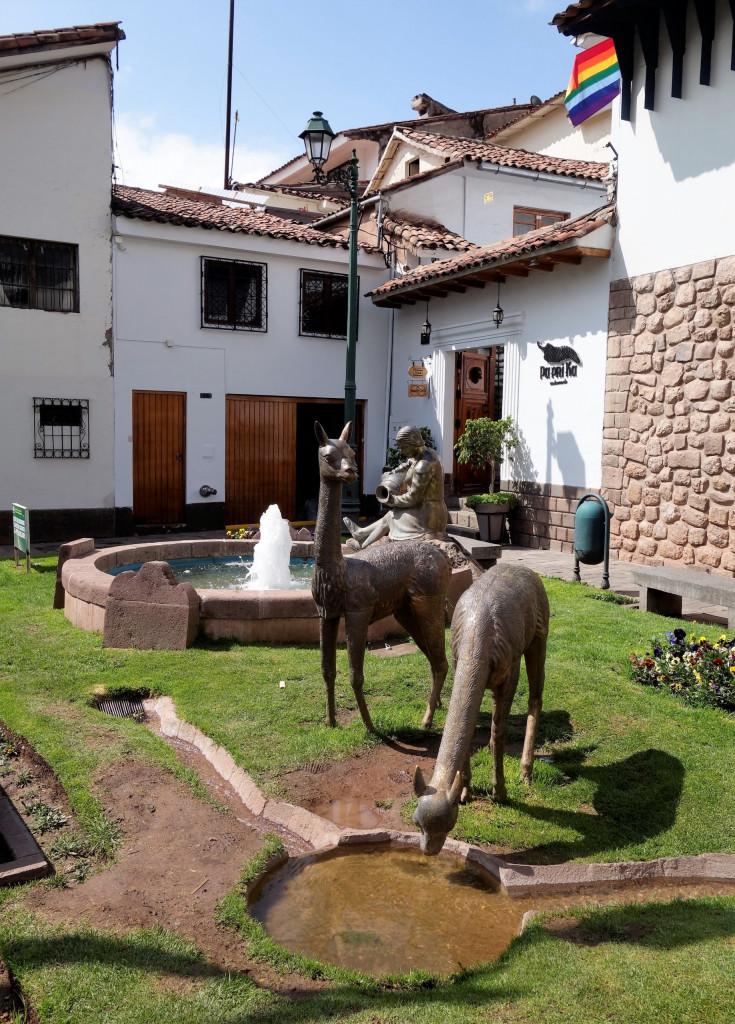 Alpaka Statue